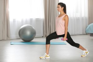 Thuis workout met fitness accessoires